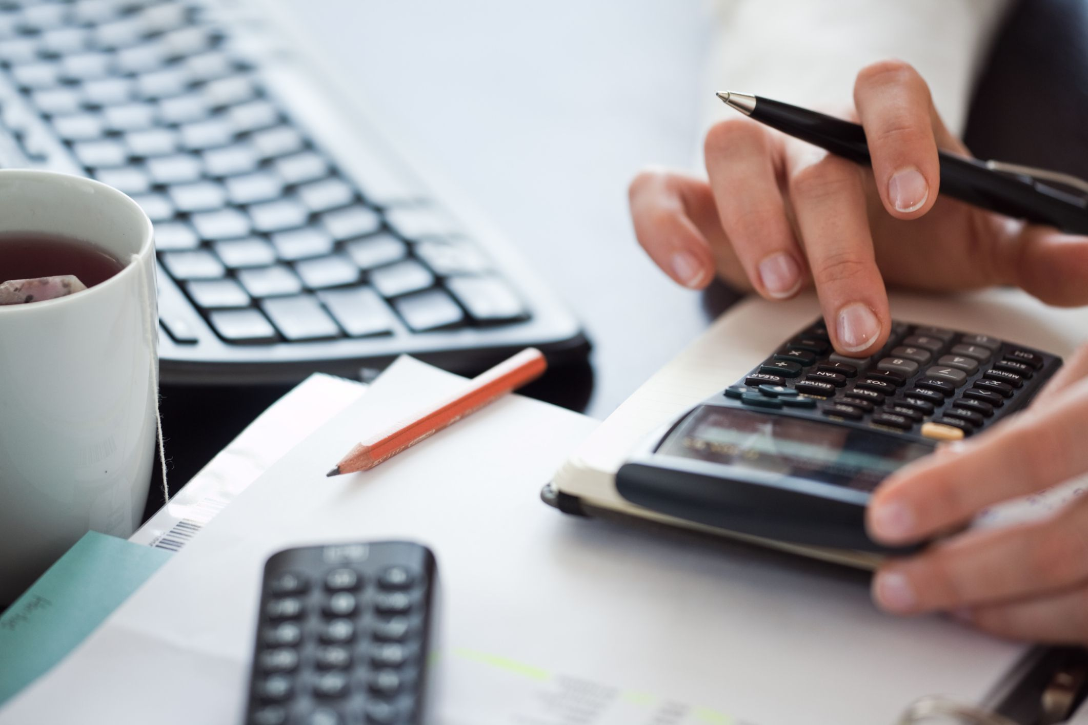 Need to Hire a Business Collection Agency? Follow These Pointers to Succeed in Collecting Debt