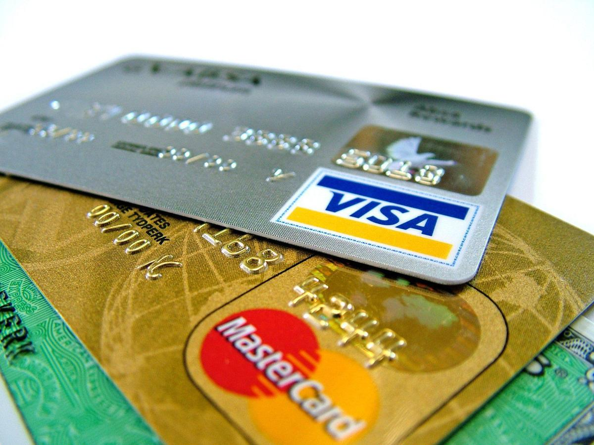 Why Should You Take a Credit Card From National Bank of Kuwait?